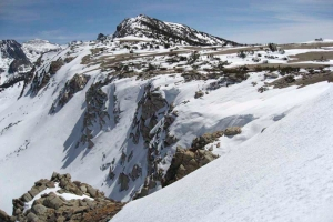 backcountry_ski_mammothcrest_200705